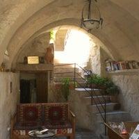 8/21/2012 tarihinde Marco B.ziyaretçi tarafından Aydınlı Cave House'de çekilen fotoğraf