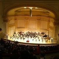 Foto diambil di Carnegie Hall oleh Dan H. pada 5/11/2012