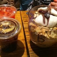Photo taken at Caffé bene by B.H.MIN ™ on 2/11/2012