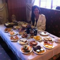 Foto tirada no(a) Bela Vista Café Colonial por Tatiane C. em 4/15/2012