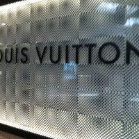 Photo taken at Louis Vuitton Farmington Westfarms by Yaya E. on 9/1/2012