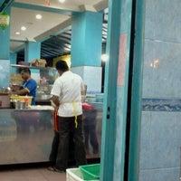 Photo taken at Restoran Kassim 24Jam by Hamid Y. on 8/2/2012