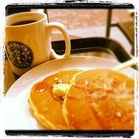 Photo taken at Starbucks by TBQ12 on 3/24/2012