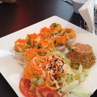 Photo taken at Kashi Sushi & Bar by Martha G. on 7/16/2012