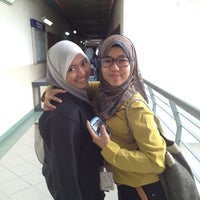 Photo taken at Faculty of Mechanical Engineering by Hazeru W. on 3/12/2012