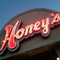 Photo taken at Honey's Restaurant & Catering by Ildar S. on 9/12/2012