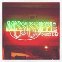 Foto tirada no(a) Mississippi Delta Blues Bar por Flávio C. em 9/5/2012