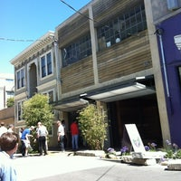 Photo taken at Blue Bottle Coffee by Nico M. on 6/24/2012