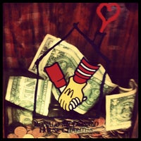 Photo taken at McDonald's by dizberiq on 8/31/2012