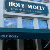 Снимок сделан в Holy Molly / Холи Молли пользователем Daniil D. 8/2/2012