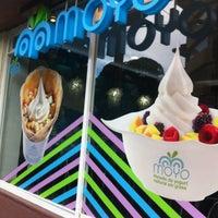 Foto tirada no(a) Moyo por Noningos B. em 8/26/2012