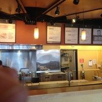 Foto tomada en Qdoba Mexican Grill por BRENT H. el 3/4/2012