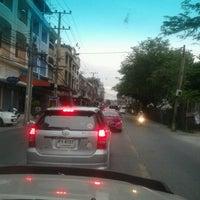 Photo taken at Onnut 17 Intersection by Piaa P. on 7/24/2012