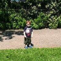 6/16/2012에 Loni B.님이 Narrows Botanical Garden에서 찍은 사진