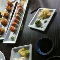 4/26/2012 tarihinde Ben A.ziyaretçi tarafından RA Sushi'de çekilen fotoğraf