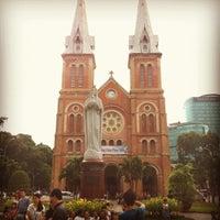 Photo taken at Saigon Notre-Dame Basilica by ใหม่ A. on 4/29/2012