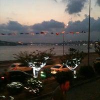 9/7/2012 tarihinde ELİF ULUKANziyaretçi tarafından Cafe 5. Cadde'de çekilen fotoğraf
