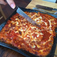 Photo taken at La Buona Cucina (Pizza & Lasagna) by Songjoo L. on 8/26/2012