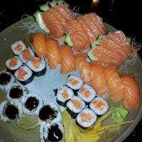 Foto tirada no(a) Mirai Japanese Cuisine por Joao Pedro C. em 4/14/2012