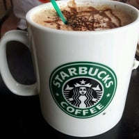 Photo taken at Starbucks by Angela Ooi on 3/10/2012