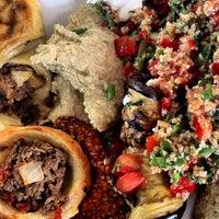 Foto tirada no(a) Restaurante Arab por Rafael C. em 2/16/2012