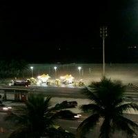 Foto tirada no(a) Atlântico Praia Hotel por Fabia P. em 6/18/2012