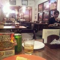 Foto tirada no(a) Fazendola Restaurante por Thais S. em 4/15/2012