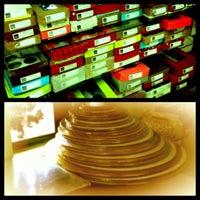 Photo prise au RM Boxes par 🍭💗Princess⭐️ C. le8/22/2012