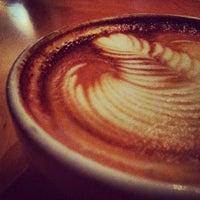 Foto tomada en Octane Coffee por Eric D. el 2/26/2012
