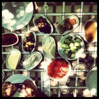 6/9/2012 tarihinde Alperen D.ziyaretçi tarafından Halil'in Yeri Burak Restaurant'de çekilen fotoğraf