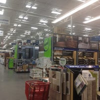 Photo taken at Lowe's Home Improvement by Anthony F. on 8/3/2012