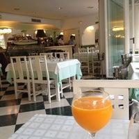 Photo taken at Restaurante Illetas Playa by Alla🇪🇸👪🙎🏼🐯👼👫 on 8/6/2012