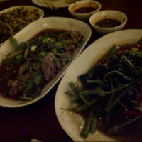 Photo taken at Yod Larbped Udon by Patty on 8/28/2012