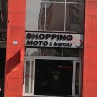Foto tirada no(a) Shopping Moto & Aventura por BELLUM EST PACEM T. em 6/28/2012