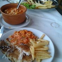 Photo taken at Restaurante Dona Dolores by Paulo R. on 4/22/2012