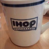Das Foto wurde bei IHOP von Erin am 3/11/2012 aufgenommen