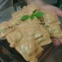 Foto tomada en I Famosi Pasta por Giulia C. el 4/5/2012