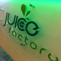 Photo taken at Juice Factory (Burj Baitak) by Sadoun A. on 7/4/2012