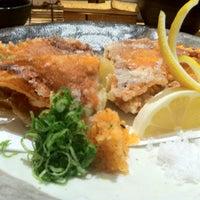 3/15/2012 tarihinde Claytonziyaretçi tarafından Sushi Yasuda'de çekilen fotoğraf