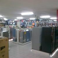 7/28/2012にStephanus H.がUFO Electronics Storeで撮った写真