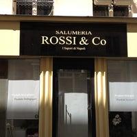 Das Foto wurde bei Rossi & Co von Christophe F. am 7/1/2012 aufgenommen