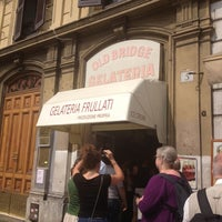 Foto scattata a Gelateria Old Bridge da Michelle B. il 9/11/2012