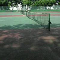Photo taken at 手代木公園テニスコート by Hiroyuki K. on 5/5/2012