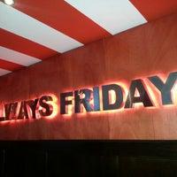Photo taken at TGI Friday's by Eduardo M. on 9/2/2012