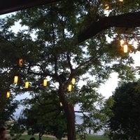6/22/2012 tarihinde Christiana D.ziyaretçi tarafından Vakıf Tenis Cafe'de çekilen fotoğraf