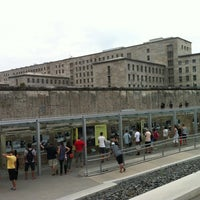 Photo prise au Baudenkmal Berliner Mauer | Berlin Wall Monument par Pedro T. le8/21/2012