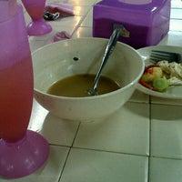 Photo taken at Bentara Cafe Tanah Merah by wan r. on 8/12/2012