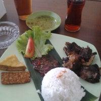 Photo taken at Ikan bakar lodda by Firman U. on 6/8/2012