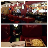 Photo taken at AMC Grapevine Mills 30 with Dine-In Theatres by RJ C. on 9/2/2012