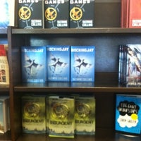 Foto tomada en Barnes & Noble por Erika A. el 8/13/2012